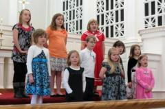 Children's Group Sings