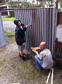Priming the fence (Roma School in Kezmarok).